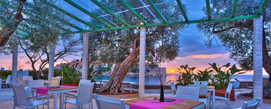 "Special Dining Venue – ""Olive"", Sveti Stefan"